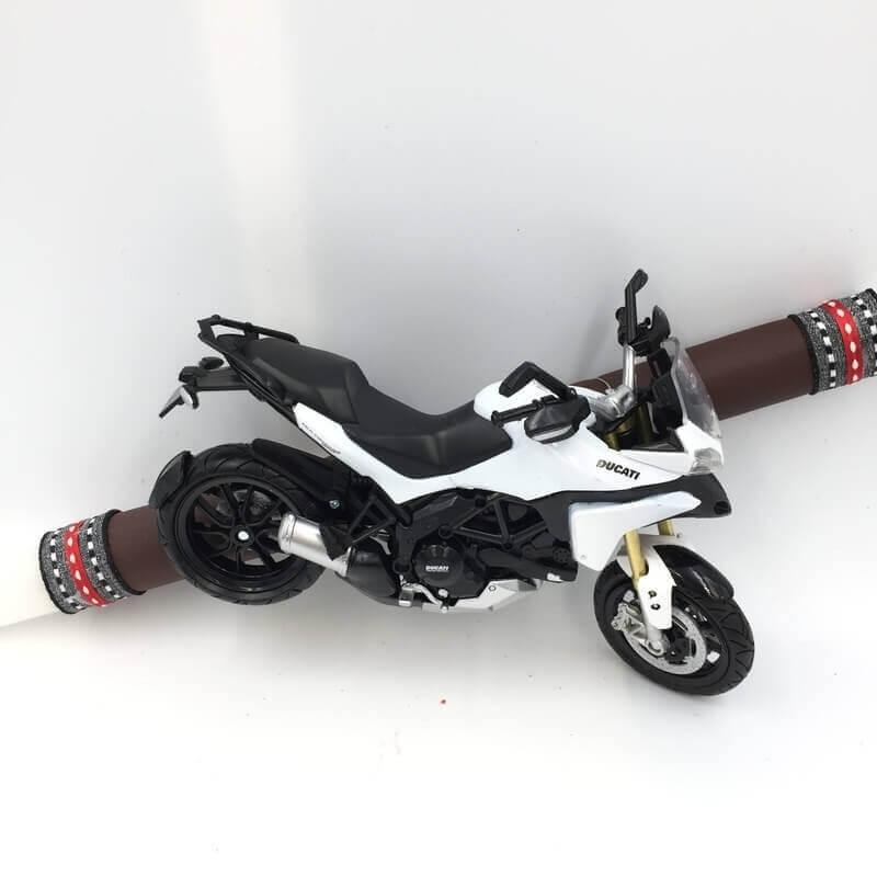 Πασχαλινή Λαμπάδα Μοτοσυκλέτα Ducati Άσπρη
